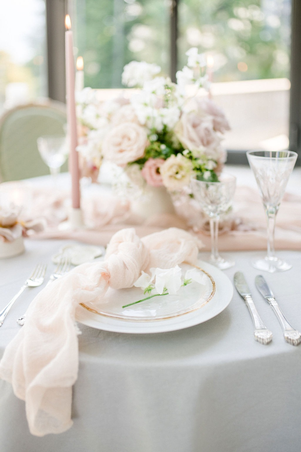 A Perfect Montreux Wedding for Two